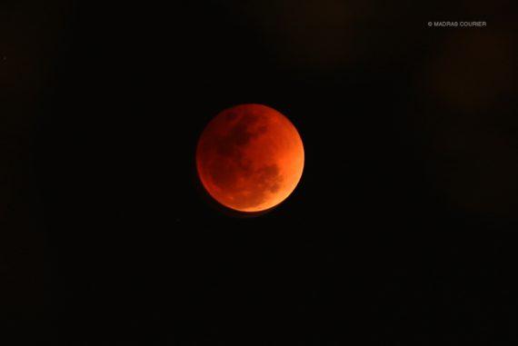super_blue_blood_moon_madras_courier